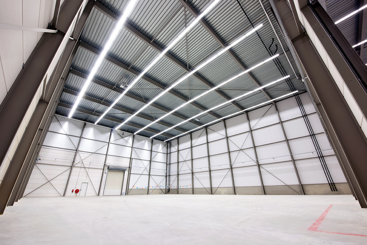 Clear-Span-Warehouse-Building